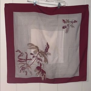 Vtg maroon, tan & white polyester floral scarf